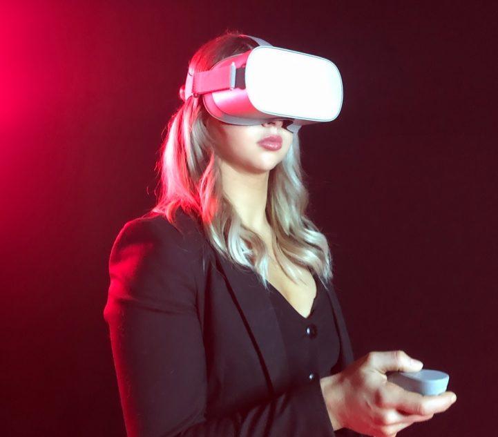 VR-Training: Lösung von Cemtrex bei Cartier