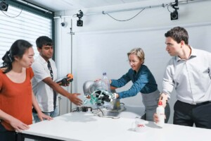 Künstliche Hand mit Robotik und Neuro-Engineering Handprothese